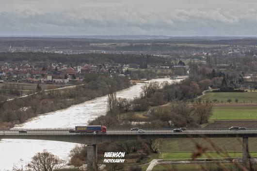 Blick-auf-Albertshofen-und-Mainstockheim-im-Hintergrund-Kitzingen