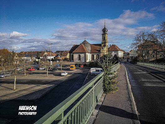 Mit-blauen-Himmel-und-Sonnenschein-ins-neue-Jahr-2018-in-Kitzingen