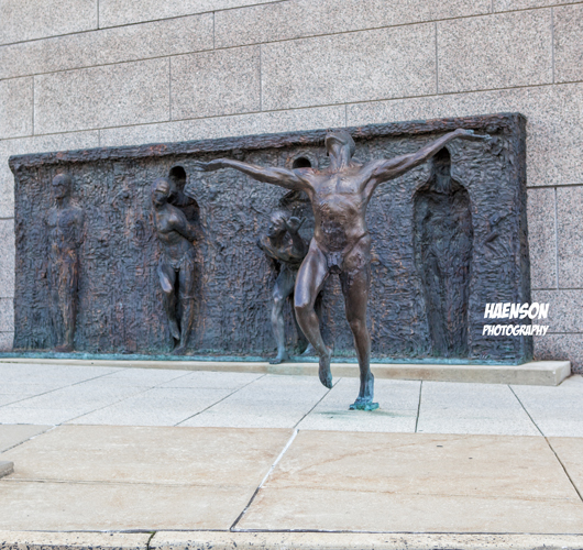 16th-and-Vine-Streets,-Philadelphia,-Pennsylvania-Freedom-Sculpture