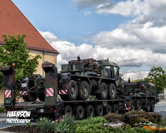 Schwertransport-der-Bundeswehr